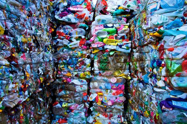 Quy định mới của EU về hạn chế xuất khẩu rác thải nhựa có hiệu lực - Ảnh 1.