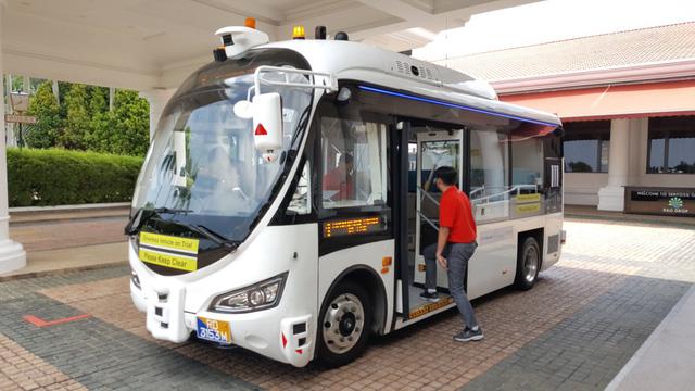 Singapore bắt đầu thử nghiệm xe buýt tự lái - Ảnh 1.