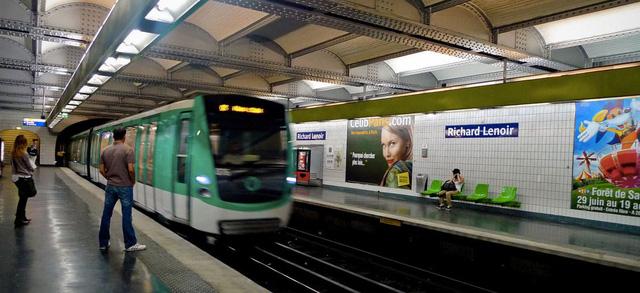 Cơ quan quản lý tàu điện ngầm tại Pháp bị kiện do làm ô nhiễm môi trường - Ảnh 1.