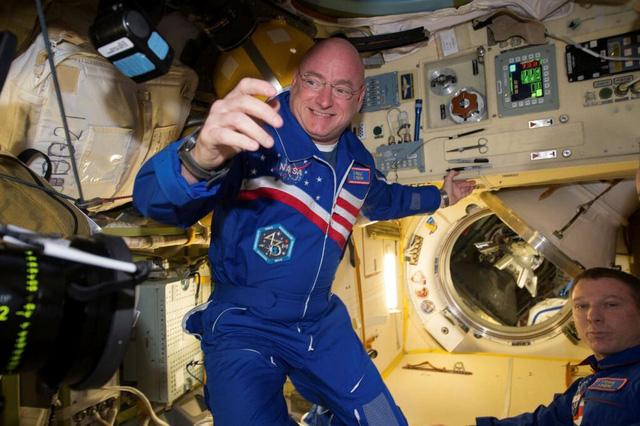 Tim của phi hành gia thu nhỏ 25% sau 1 năm sống trên vũ trụ - Ảnh 1.