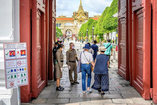 Thái Lan sẽ mở cửa đón khách du lịch nước ngoài từ tháng tới - Ảnh 1.