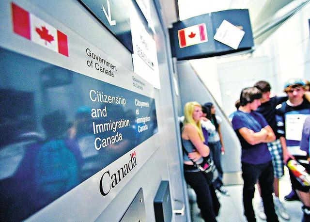 Canada cấp quy chế định cư lâu dài cho 90.000 sinh viên và lao động nước ngoài - Ảnh 1.