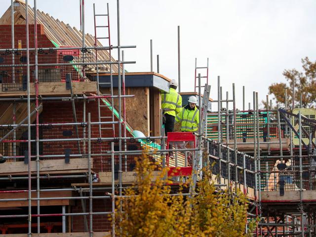 Vương quốc Anh thiếu nguồn cung vật liệu xây dựng - Ảnh 1.