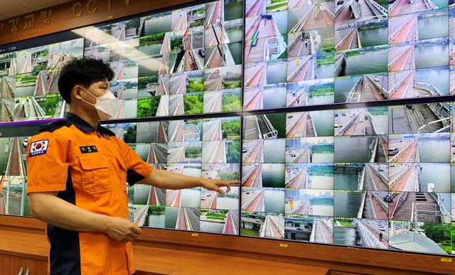 Hàn Quốc sử dụng trí tuệ nhân tạo để ngăn các vụ nhảy cầu - Ảnh 1.