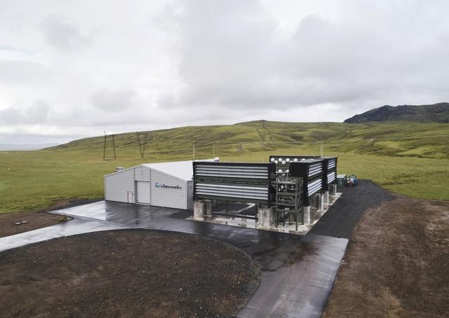 Nhà máy tách khí thải CO2 trực tiếp từ không khí lớn nhất thế giới bắt đầu hoạt động - Ảnh 1.