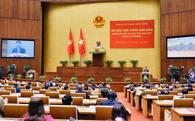 Văn kiện Đại hội XIII: Có cơ chế khuyến khích để không muốn tham nhũng, bảo vệ cán bộ dám làm