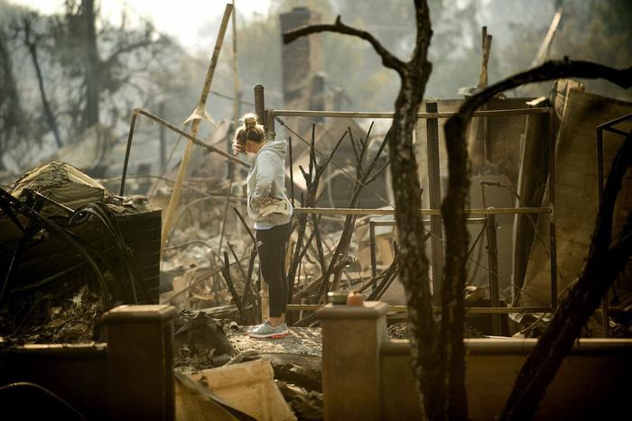 Những hình ảnh kinh hoàng ở biển lửa California - Ảnh 20.