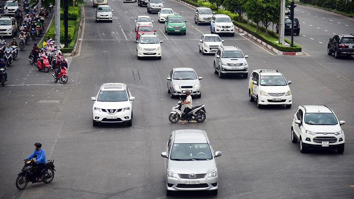 Tăng mức xử phạt để giảm ùn tắc giao thông - Ảnh 4.