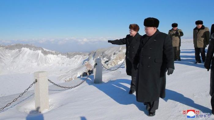 Rộ tin cựu Tổng tham mưu trưởng quân đội Triều Tiên bị xử tử - Ảnh 4.