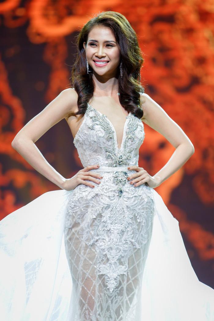 Liên Phương đăng quang Miss Eco Tourism 2017 - Ảnh 4.