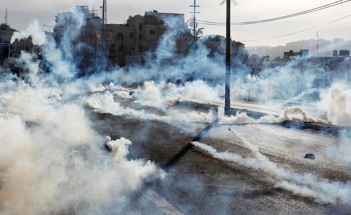 Bạo lực gia tăng giữa người Palestine và Israel - Ảnh 2.