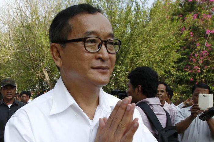 Cựu lãnh đạo đảng đối lập Campuchia bị phạt 1 triệu USD vì nói xấu trên Facebook - Ảnh 1.