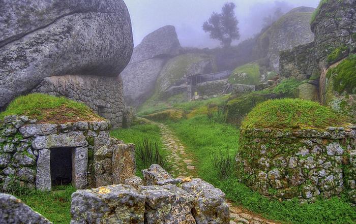 Ngôi làng đá đặc biệt nhất Bồ Đào Nha - Ảnh 7.
