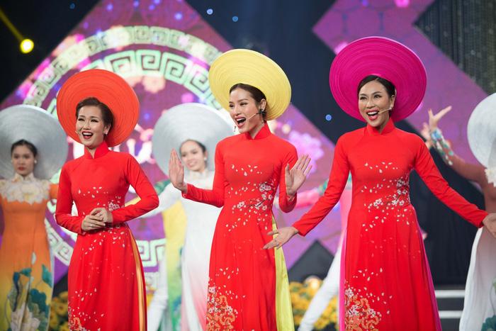 Hoa hậu Kiều Ngân đăng quang Én Vàng 2017 - Ảnh 3.