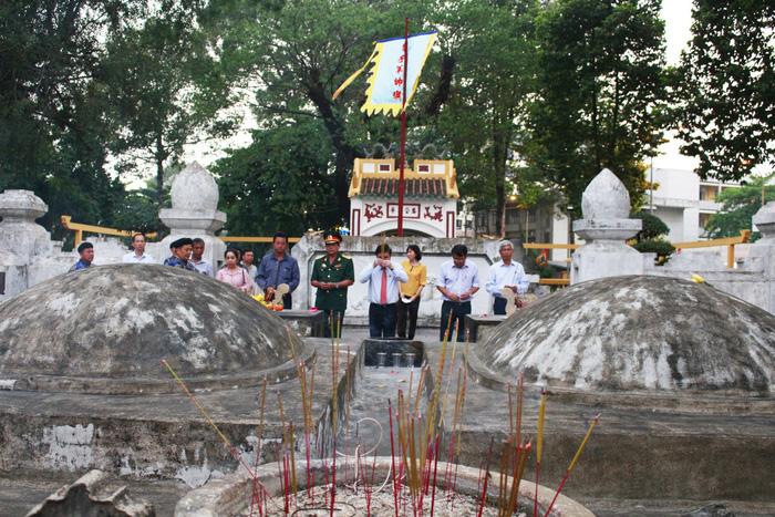 Tân Cảng Sài Gòn được nghỉ hai giờ trước khi làm hàng đầu năm - ảnh 2