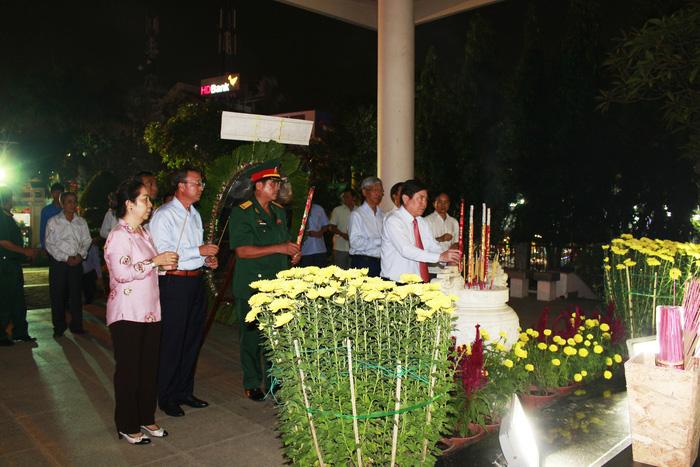 Tân Cảng Sài Gòn được nghỉ hai giờ trước khi làm hàng đầu năm - ảnh 4