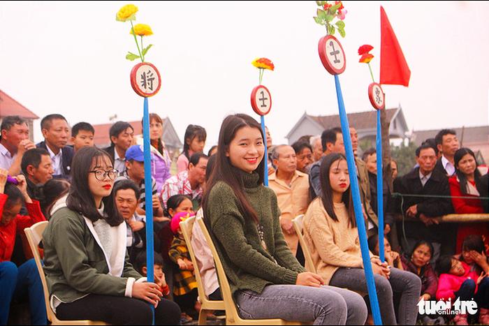 Chơi cờ trịch ở Cẩm Nhượng ngày xuân  - Ảnh 10.