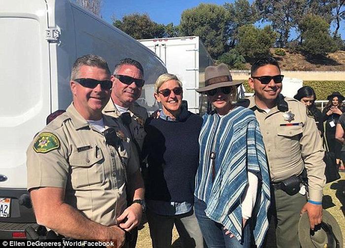 Katy Perry biểu diễn gây quỹ giúp nạn nhân lũ bùn ở California - Ảnh 7.