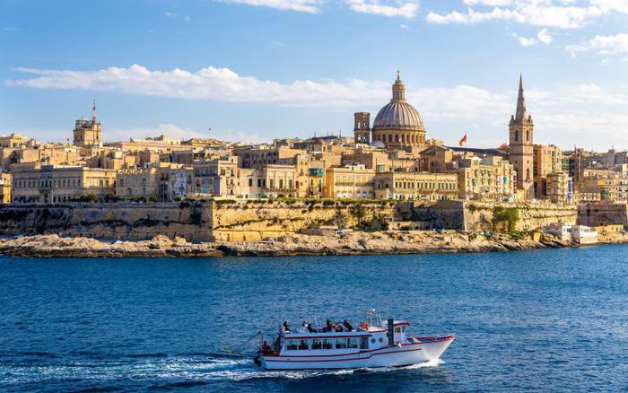 7 cách khám phá quốc đảo xinh đẹp Malta - Ảnh 2.