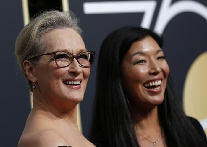 Minh tinh Hollywood đồng loạt diện đồ đen đến lễ trao giải Quả Cầu Vàng - Ảnh 3.