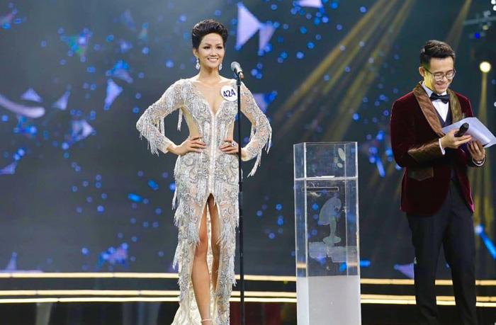 HHen Niê đăng quang Hoa hậu Hoàn vũ Việt Nam 2017 - Ảnh 7.