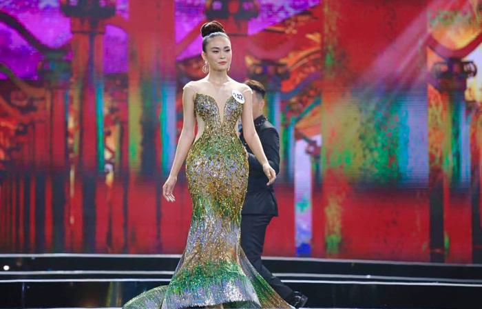 HHen Niê đăng quang Hoa hậu Hoàn vũ Việt Nam 2017 - Ảnh 14.