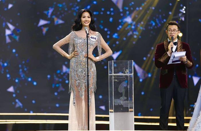 HHen Niê đăng quang Hoa hậu Hoàn vũ Việt Nam 2017 - Ảnh 11.