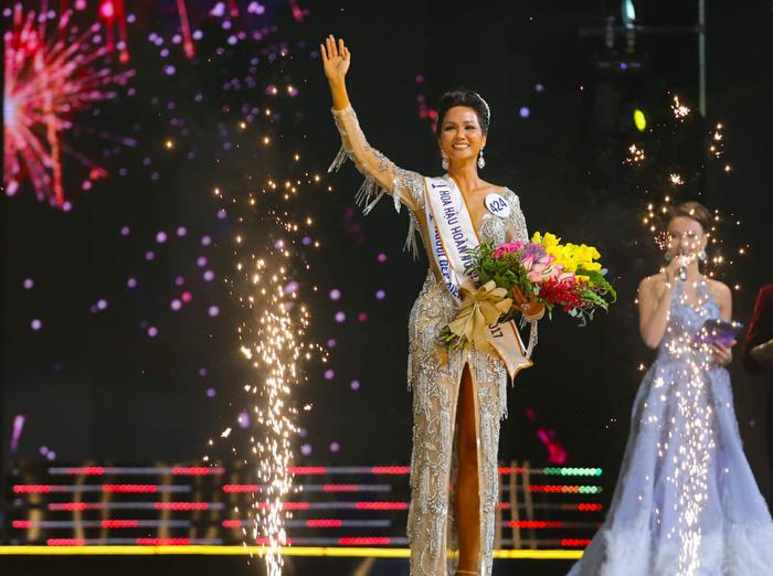 HHen Niê đăng quang Hoa hậu Hoàn vũ Việt Nam 2017 - Ảnh 3.
