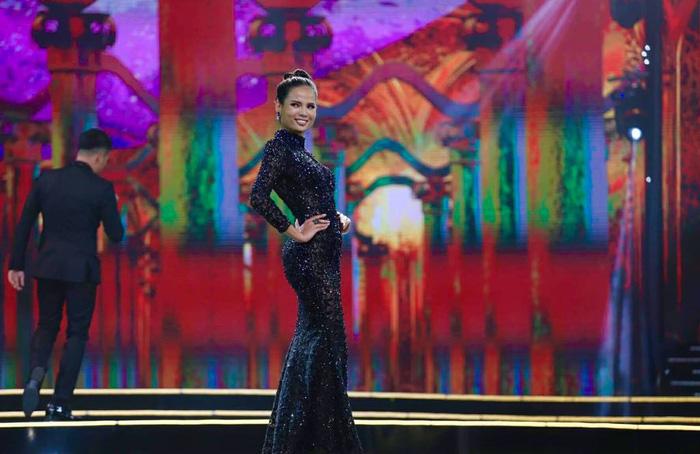 HHen Niê đăng quang Hoa hậu Hoàn vũ Việt Nam 2017 - Ảnh 18.