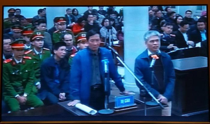 Đối chất lời khai nguyên tổng giám đốc PVN ngay tại tòa - Ảnh 3.
