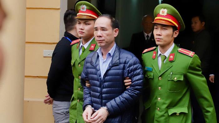Phạt ông Đinh La Thăng 13 năm tù, ông Trịnh Xuân Thanh tù chung thân - Ảnh 3.