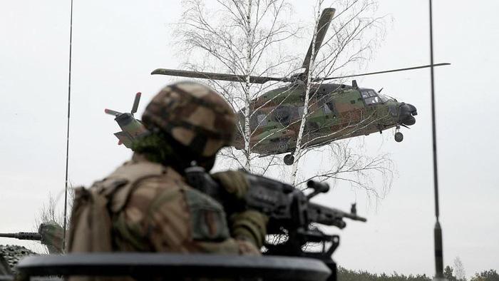 Châu Á, Trung Đông mua nhiều vũ khí nhất thế giới - Ảnh 4.