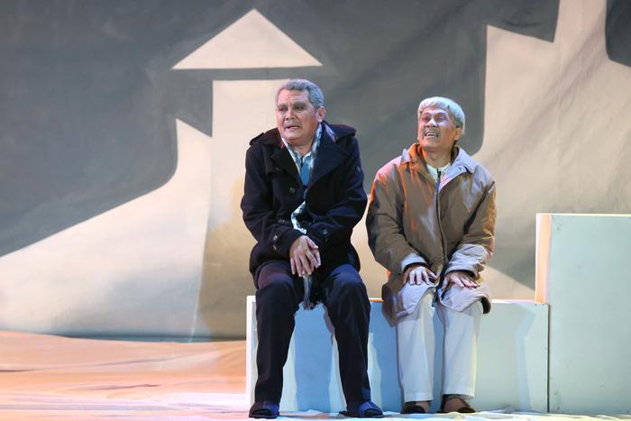 Sân khấu Sài Gòn đang thời... lên bờ xuống ruộng? - Ảnh 4.