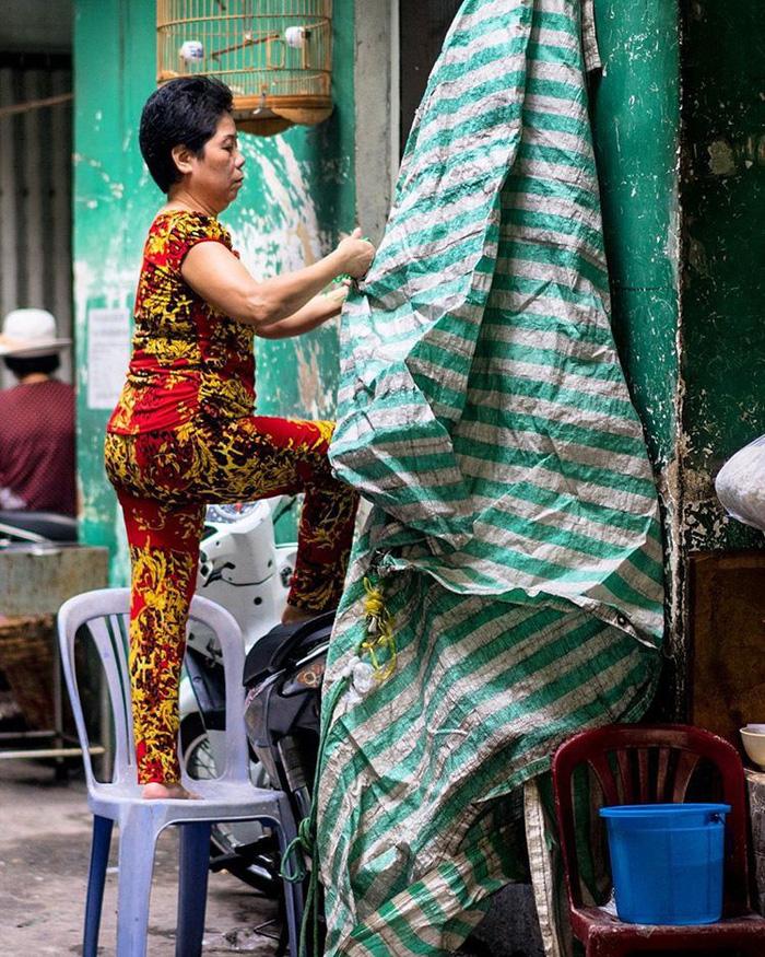 Phụ nữ Sài Gòn: Nụ cười che lấp giọt mồ hôi - Ảnh 5.