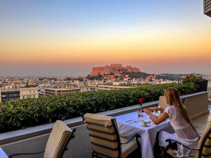 10 nhà hàng view đẹp đến mức khách quên cả ăn - Ảnh 3.