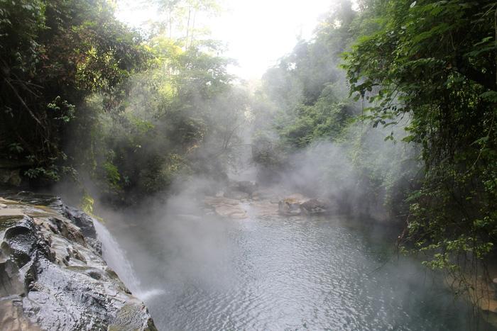 Những dòng sông độc nhất vô nhị thế giới - Ảnh 9.