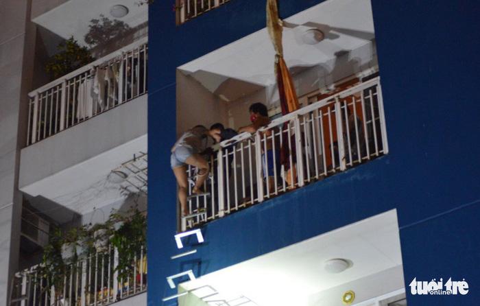 Cháy chung cư Carina tại Sài Gòn, 13 người chết - Ảnh 5.
