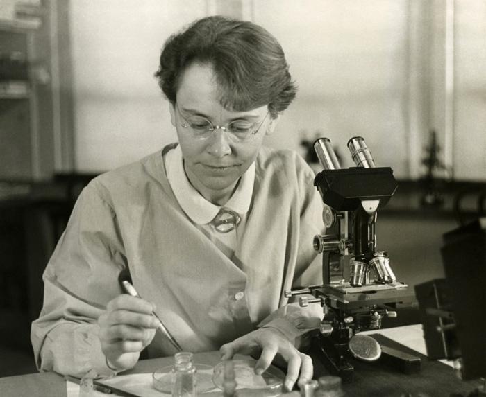 17 nhà khoa học nữ đoạt giải Nobel, họ là ai? - Ảnh 7.