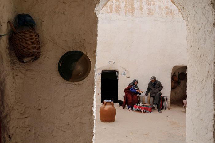 Cuộc sống của các gia đình dưới lòng đất ở Tunisia - Ảnh 7.