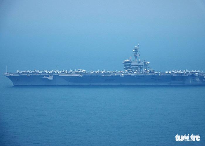 Tàu sân bay Mỹ đã neo đậu trong Vịnh Đà Nẵng - Ảnh 3.