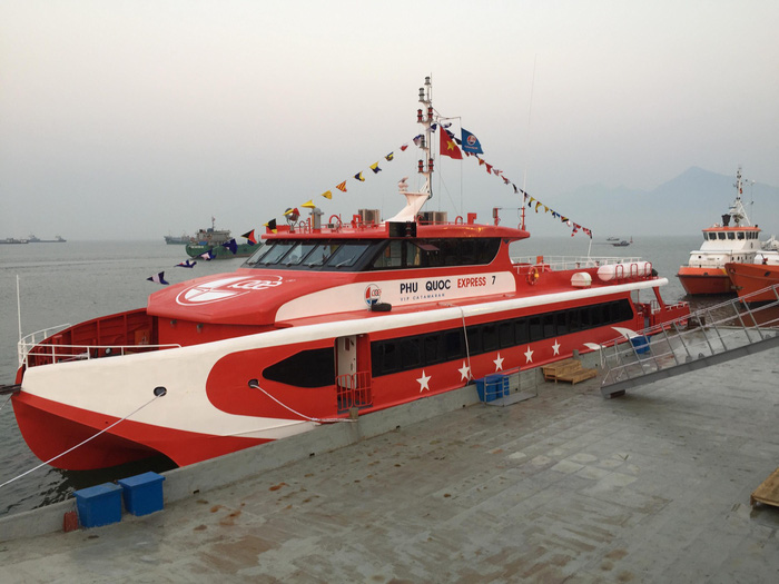 tàu phú quốc express 7 bá dũng