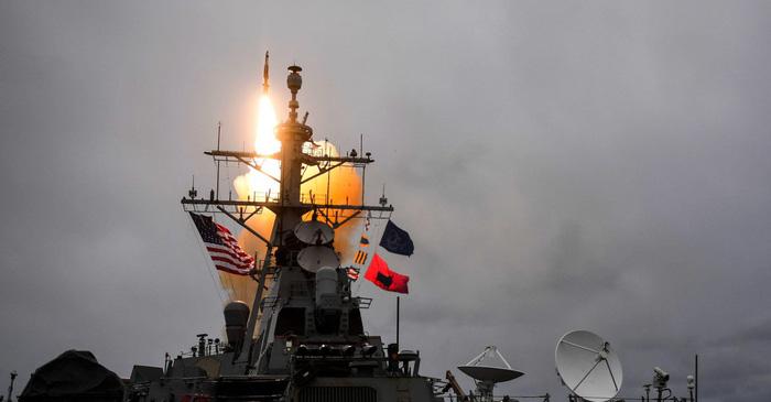 Tổng thống Trump: Nga sẵn sàng đi. Tên lửa Mỹ sẽ tới! - Ảnh 1.