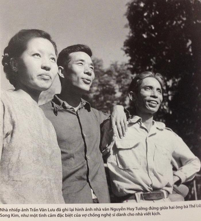 Xem ảnh Phạm Duy, Tố Hữu, Nguyễn Tuân... thời thanh xuân - Ảnh 6.