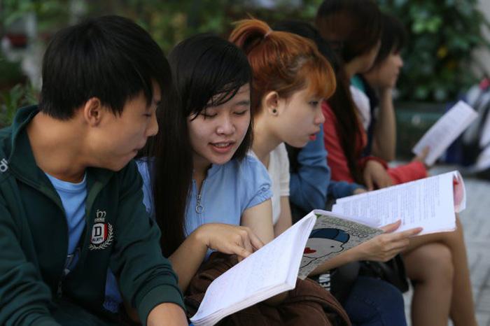 Sai sót cần tránh khi ôn, làm bài thi môn lịch sử - Ảnh 1.