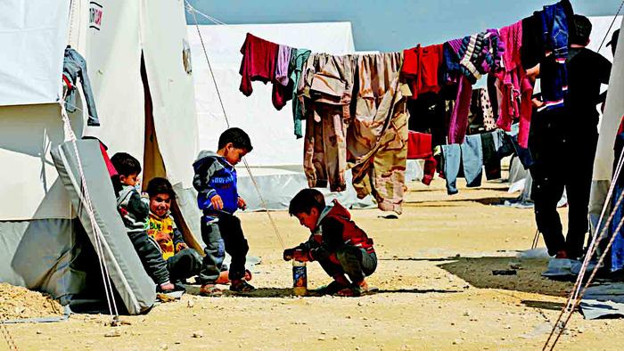 Vì sao Tổng thống Syria trẻ tuổi khiến lòng dân bất mãn? - Ảnh 1.