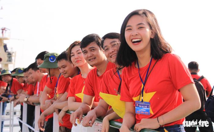 Đoàn Hành trình Tuổi trẻ vì biển đảo quê hương lên đường thăm Trường Sa - Ảnh 5.