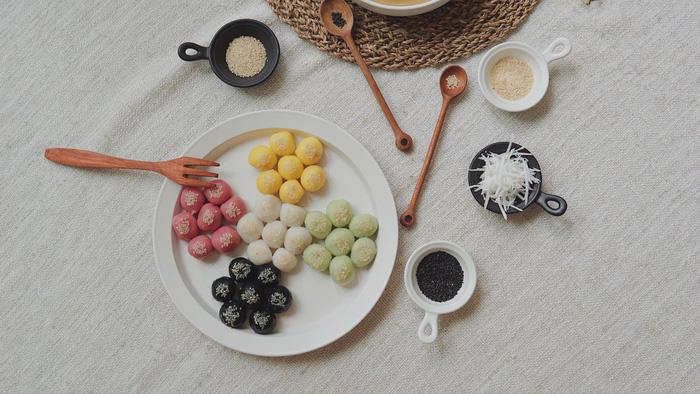 Làm bánh trôi ngũ sắc tết Hàn thực - Ảnh 17.
