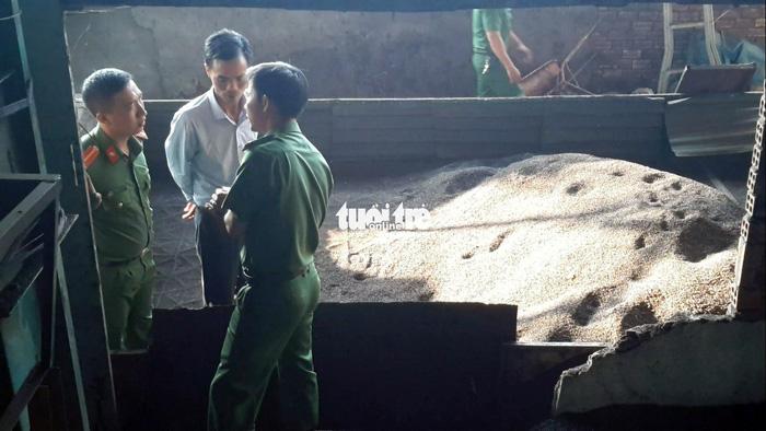 Còn nhiều cà phê bẩn trộn than pin tại 'thủ phủ' Đắk Nông - ảnh 5
