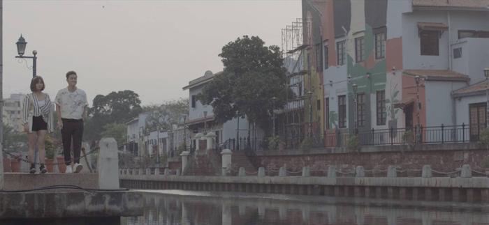 Thanh Duy táo bạo ướt át trong MV Người lạ thân quen - Ảnh 5.