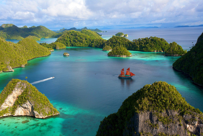 Những hòn đảo lạ lùng thế giới - Ảnh 3.